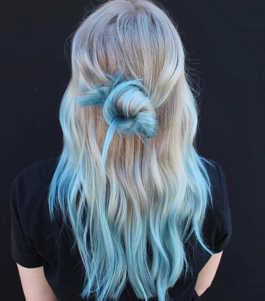 Kiểu tóc ngang lưng uốn dài quyến rũ