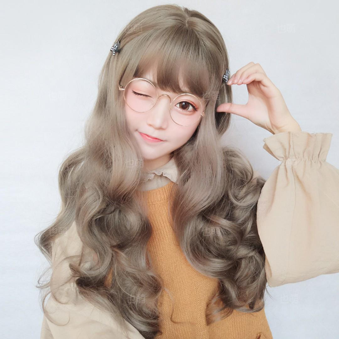 Kiểu tóc uốn lọn bồng bềnh nhẹ nhàng