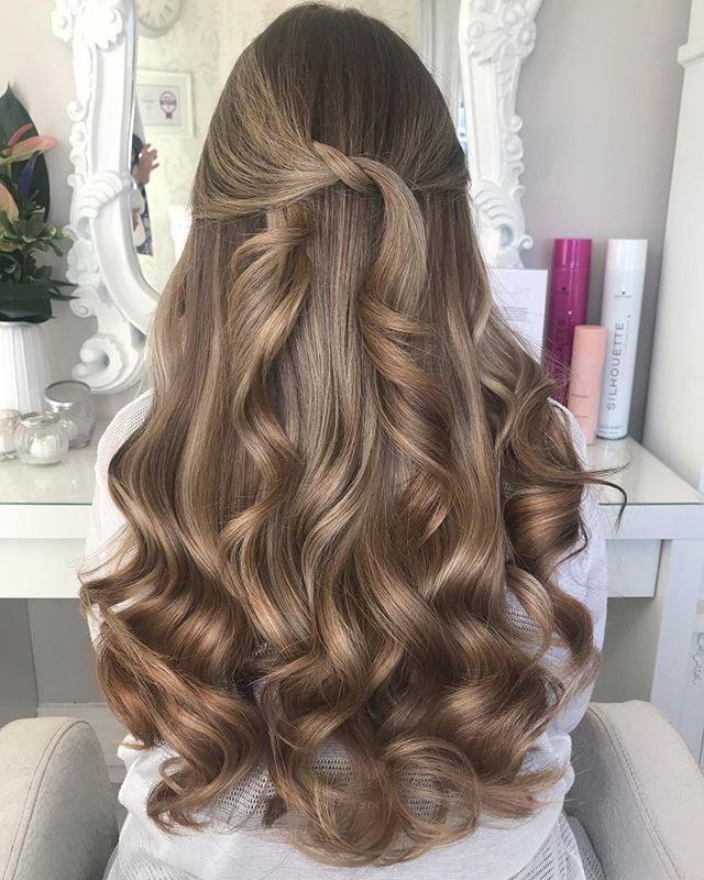 Kiểu tóc uốn lọn bồng bềnh siêu sang