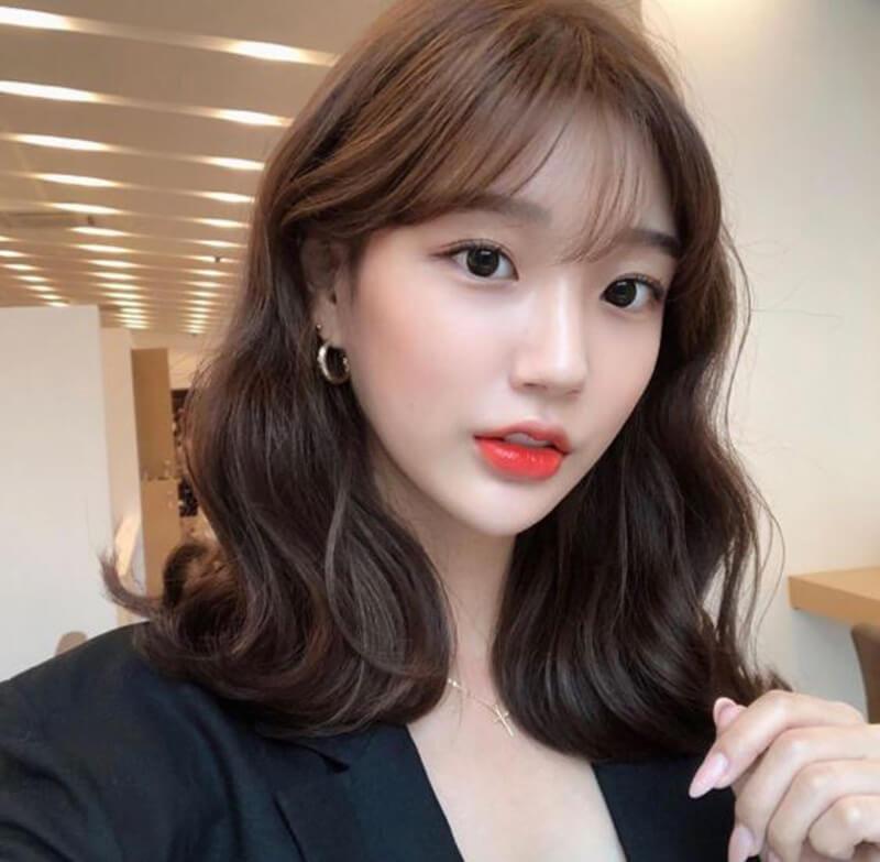 Kiểu tóc uống ngang vai Hàn Quốc