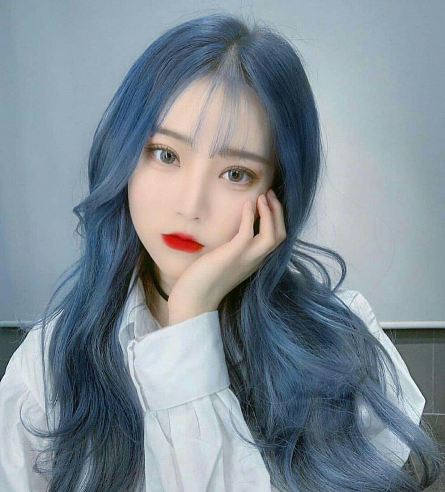 Màu tóc xanh blue tôn da đẹp nhất