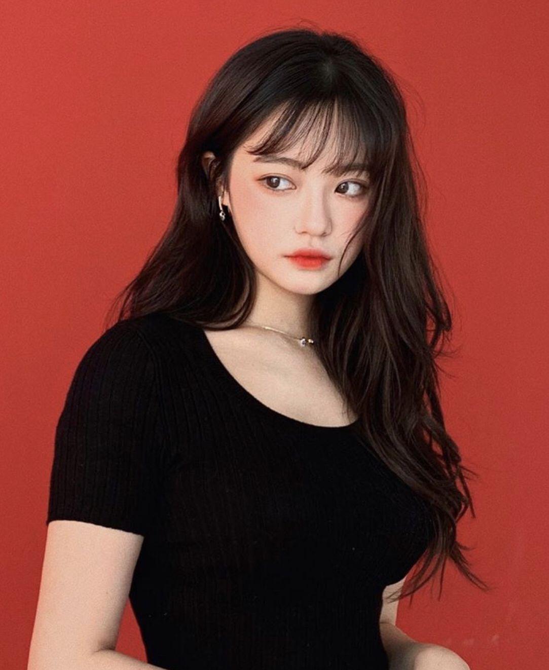 Tóc dài mái thưa Hàn Quốc