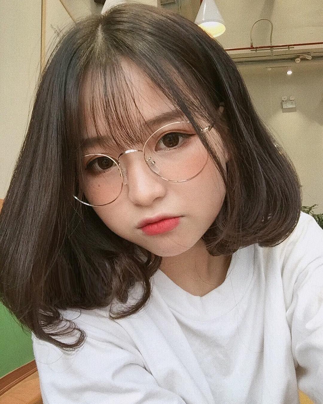Tóc mái thưa Hàn Quốc đẹp