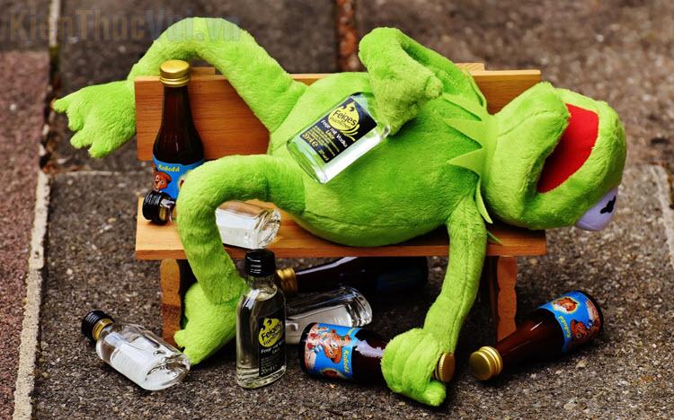 Những hình ảnh say rượu buồn cười nhất