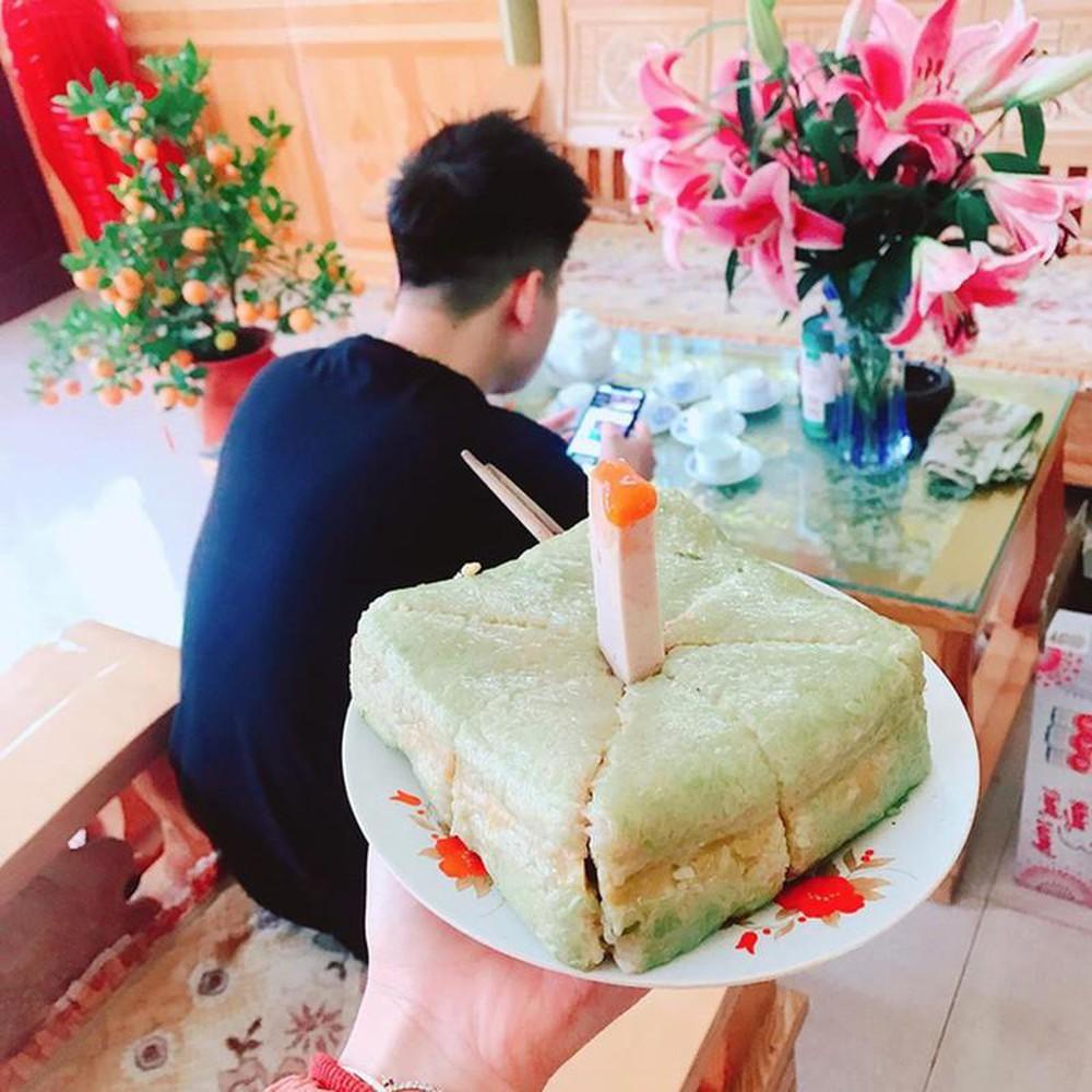 Ảnh bánh sinh nhật dịp Tết chất ngất