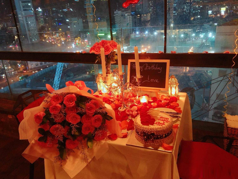 Ảnh tiệc sinh nhật lãng mạn cho 2 người