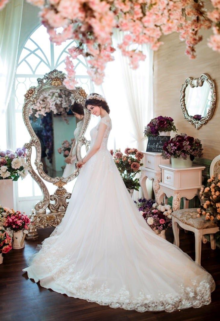 Ảnh cô dâu trong đám cưới