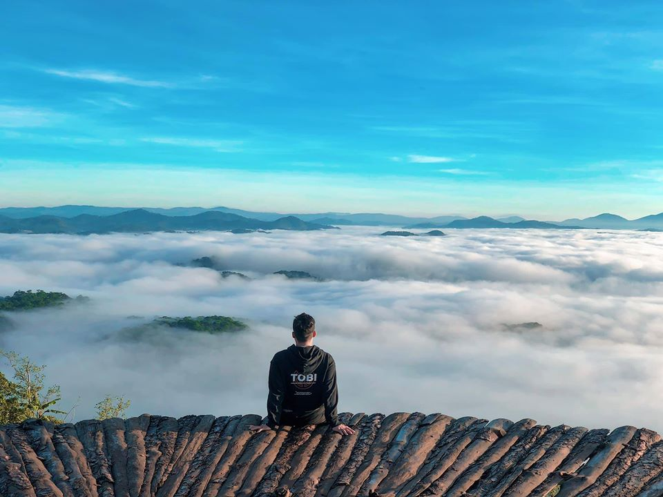 Ảnh ngôi nhà trên mây đẹp khó tin