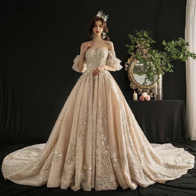 Hình ảnh cô dâu xinh đẹp