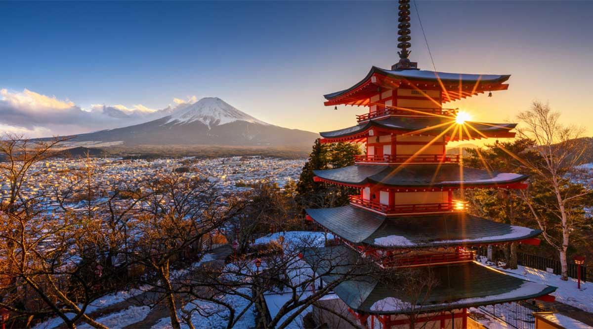 Ảnh chùa Chureito Nhật Bản vào mùa xuân