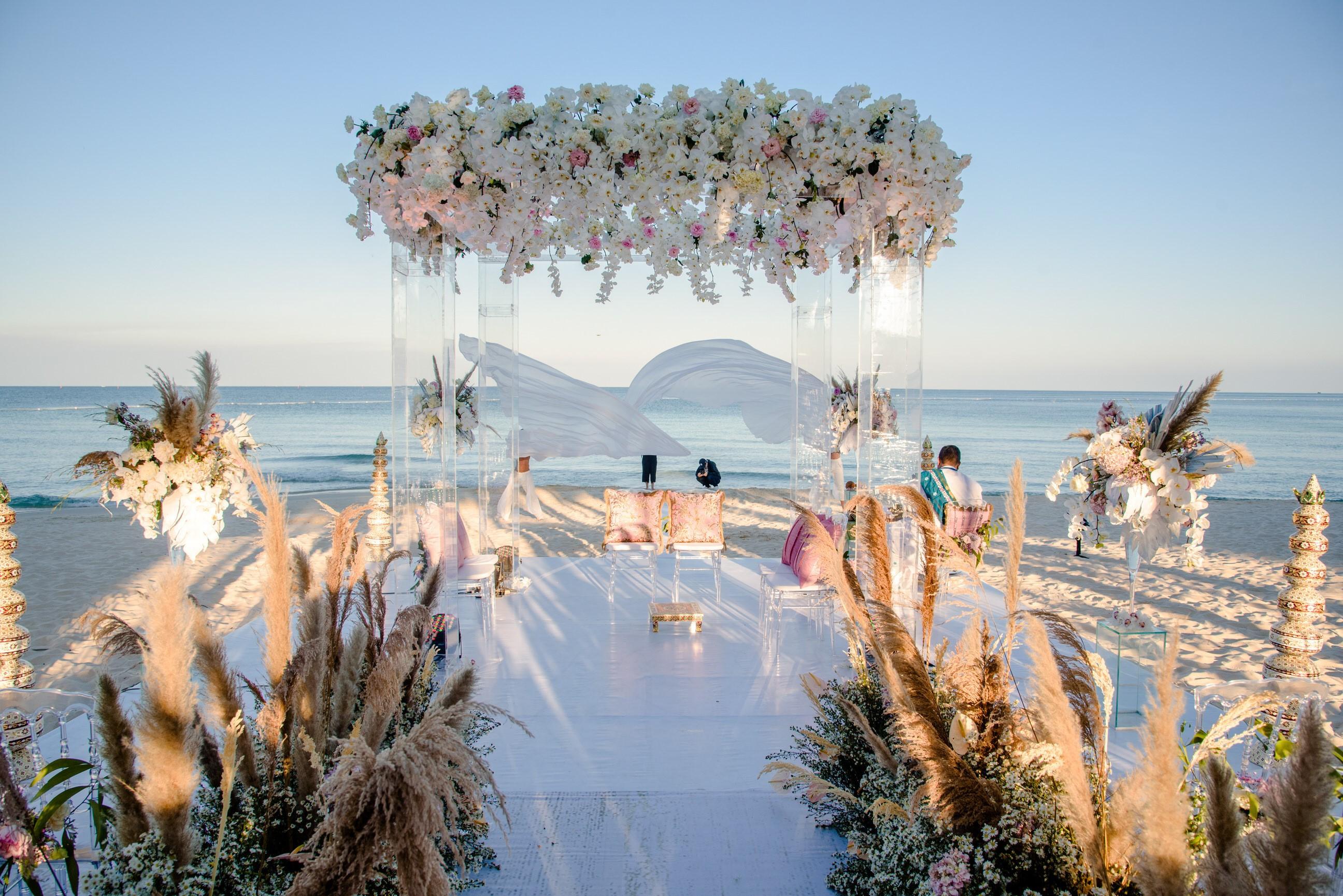 Ảnh lễ cưới đẹp như cổ tích tổ chức tại Phú Quốc