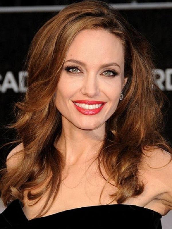 Kiểu tóc đẹp giúp phụ nữ 50 trẻ trung hơn