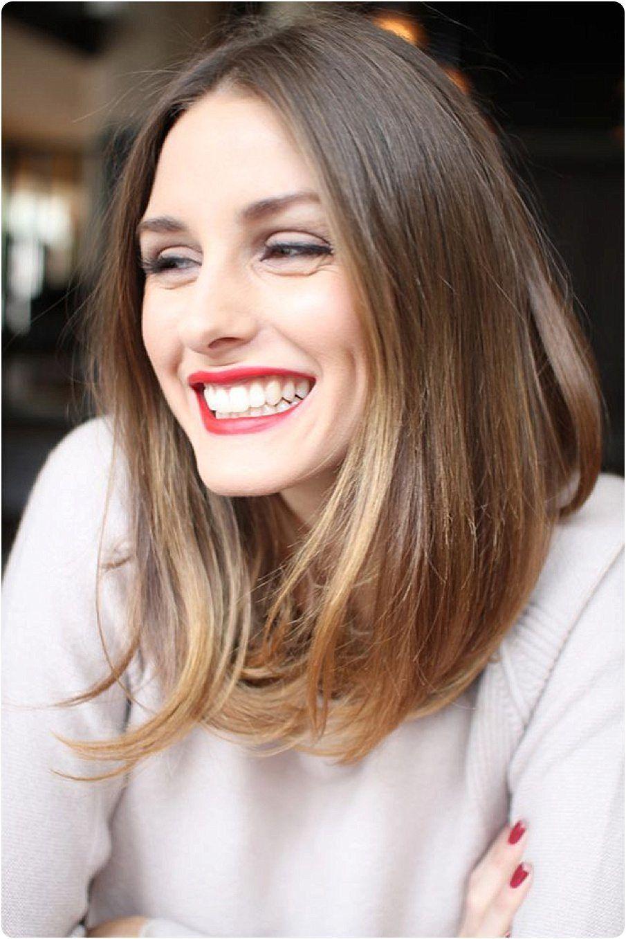 Kiểu tóc duỗi thẳng giúp phụ nữ U50 trẻ trung hơn