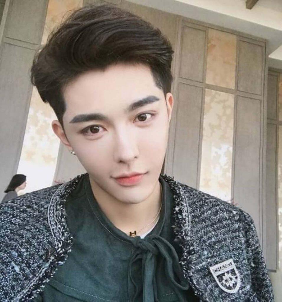 Kiểu tóc side part uốn phồng Hàn Quốc
