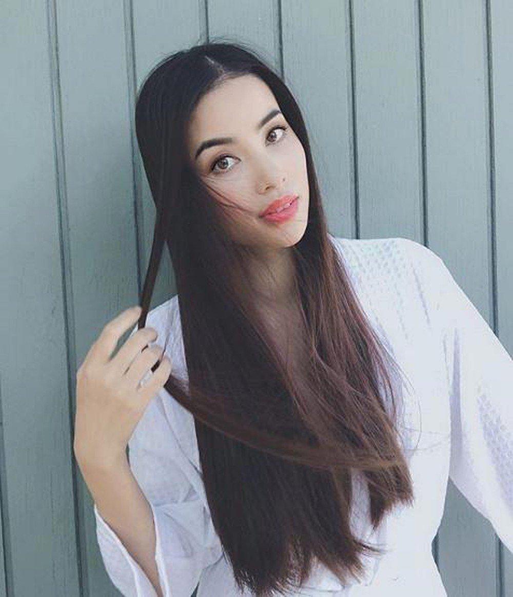 Kiểu tóc đen highlight xanh đẹp