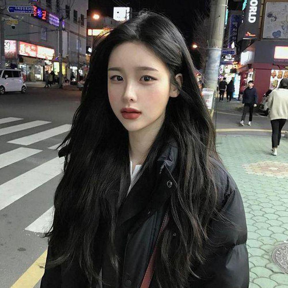 Kiểu tóc đen uốn đẹp nhất