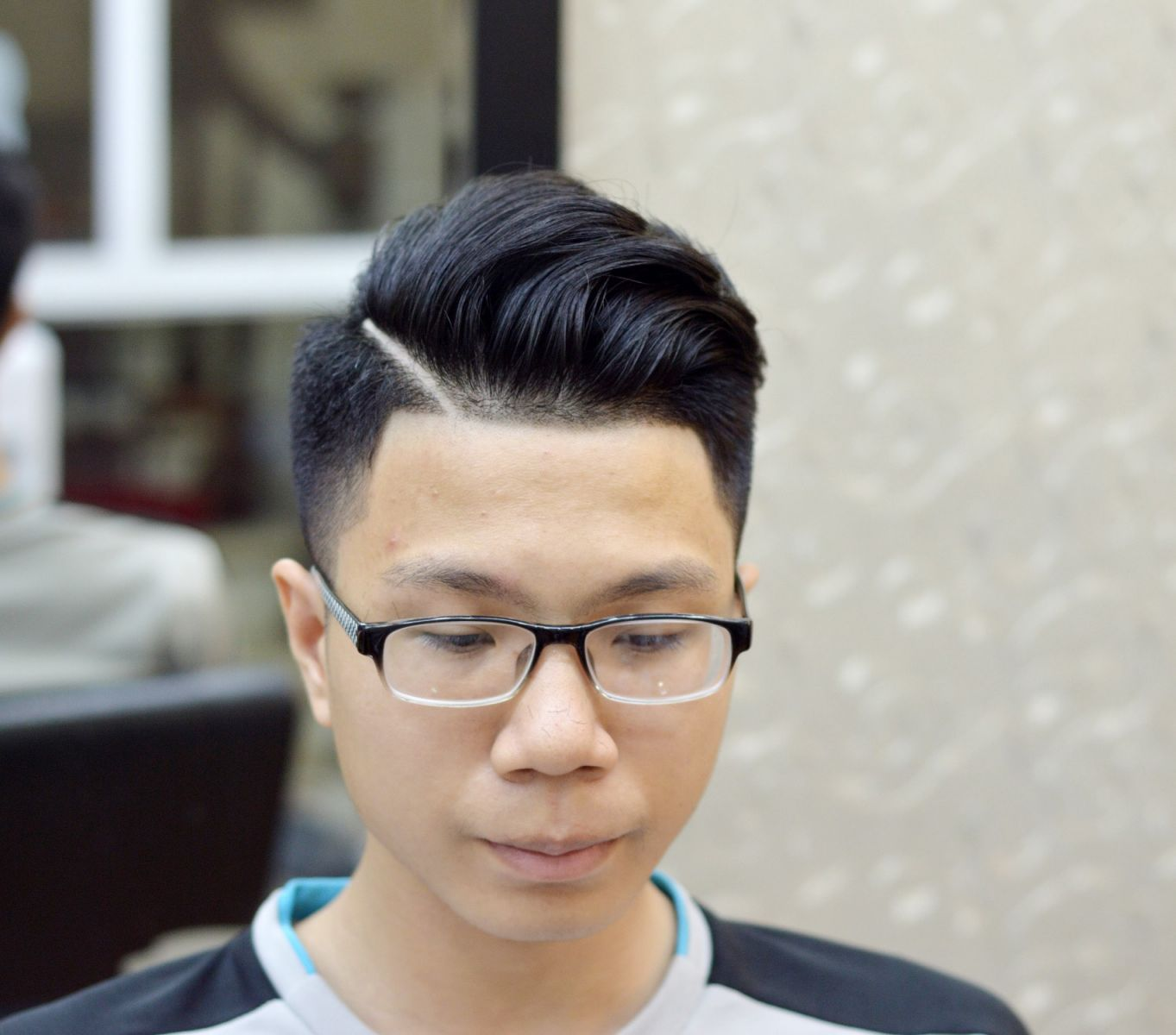 Kiểu tóc nam cho mặt tròn