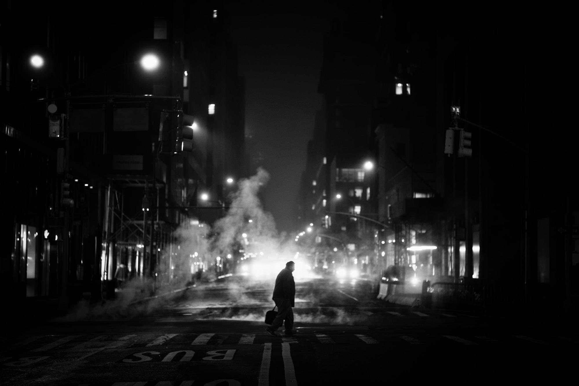 Ảnh buổi đêm đẹp nhưng buồn đến lặng người
