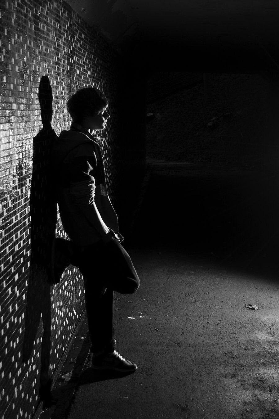 Hình ảnh đêm buồn và cô đơn