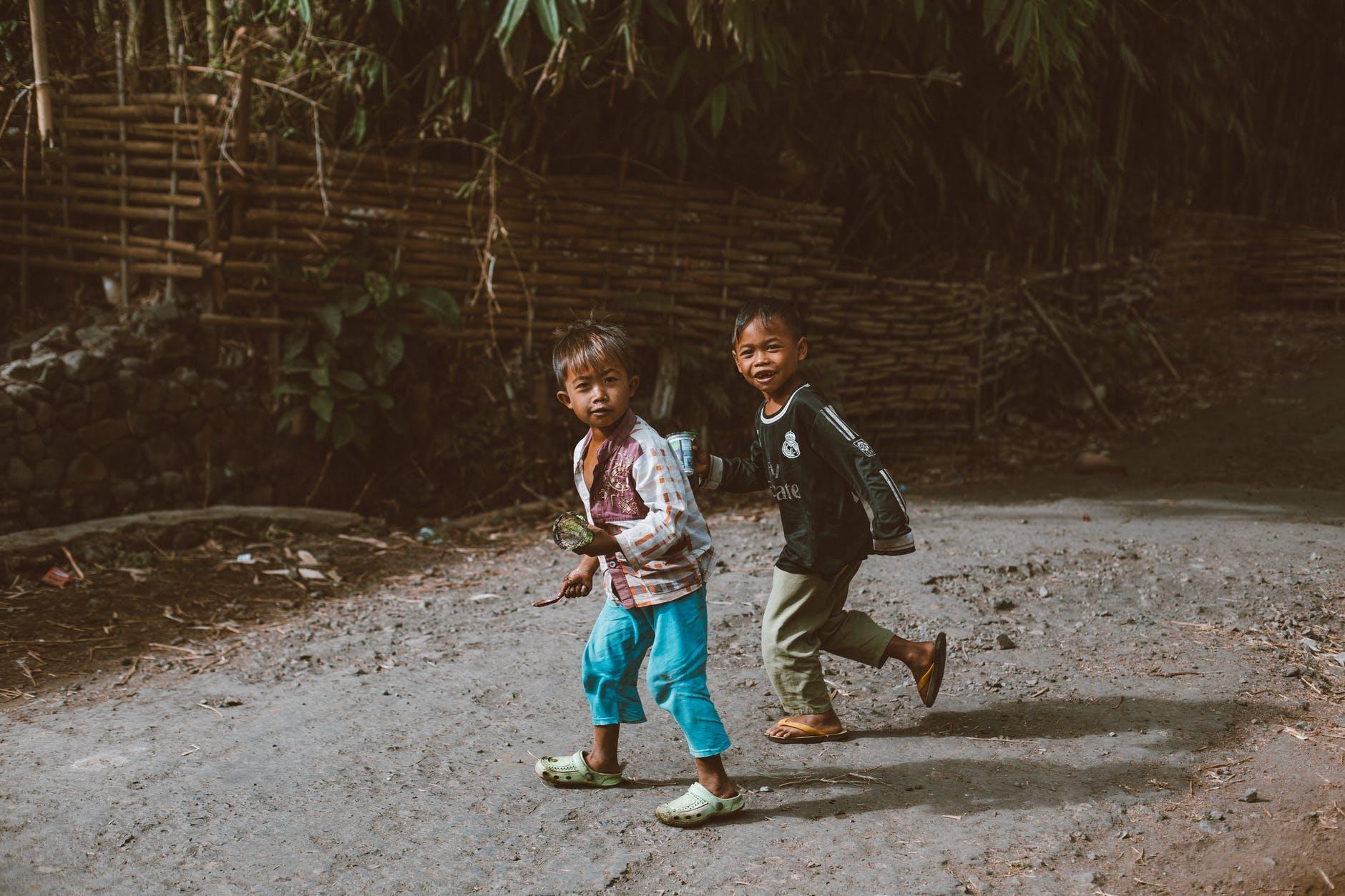 Hình ảnh đẹp về những đứa trẻ nghèo
