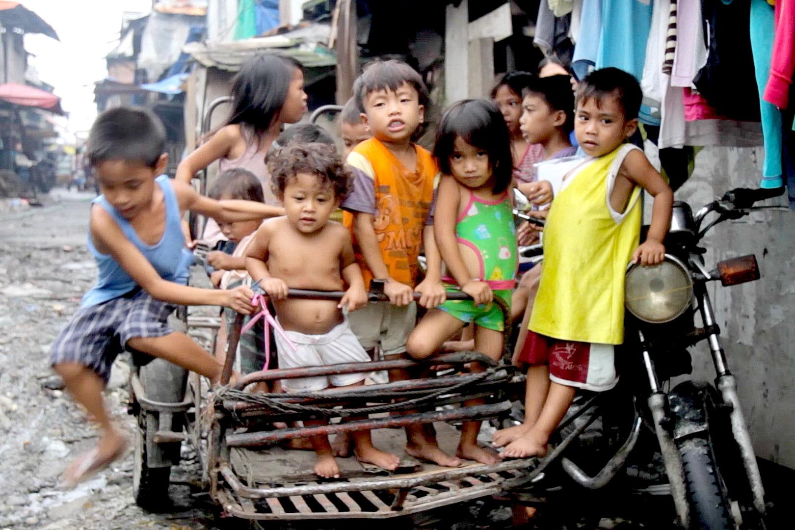 Hình ảnh về trẻ em nghèo đẹp nhất