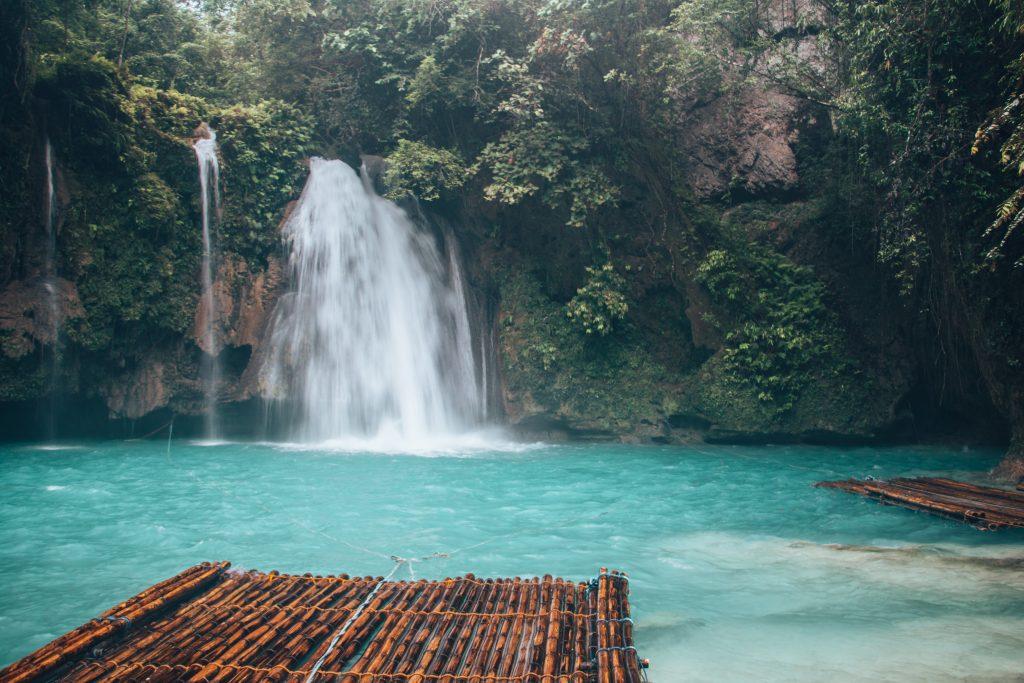 Hình ảnh thác nước đẹp, thanh bình
