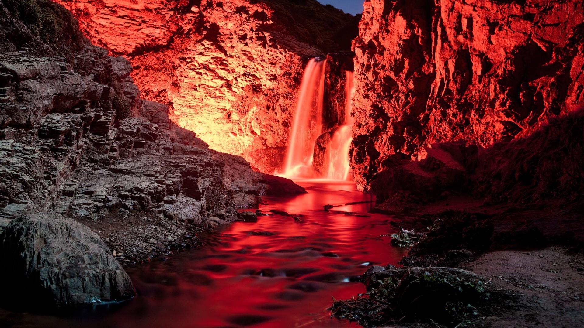 Hình ảnh thác nước đỏ