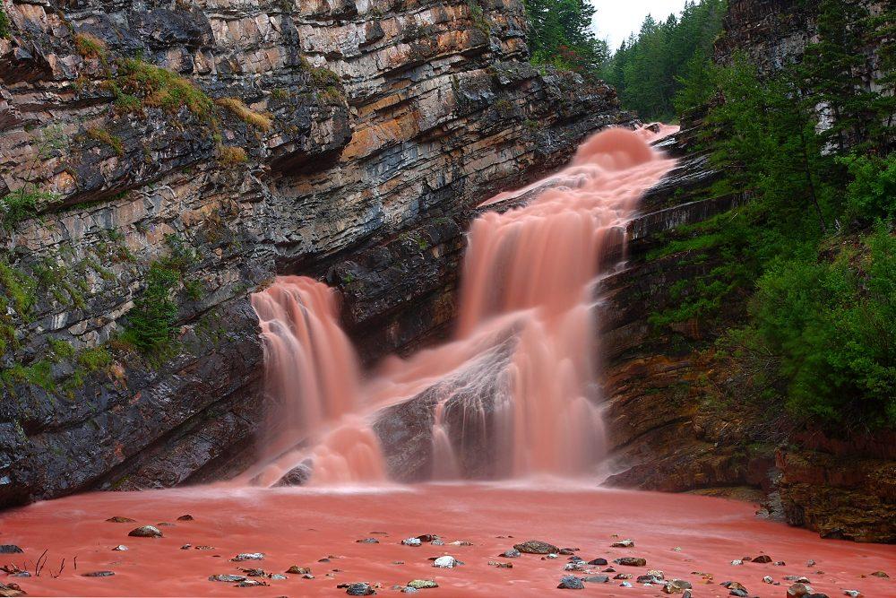 Hình ảnh thác nước kỳ lạ nhất thế giới