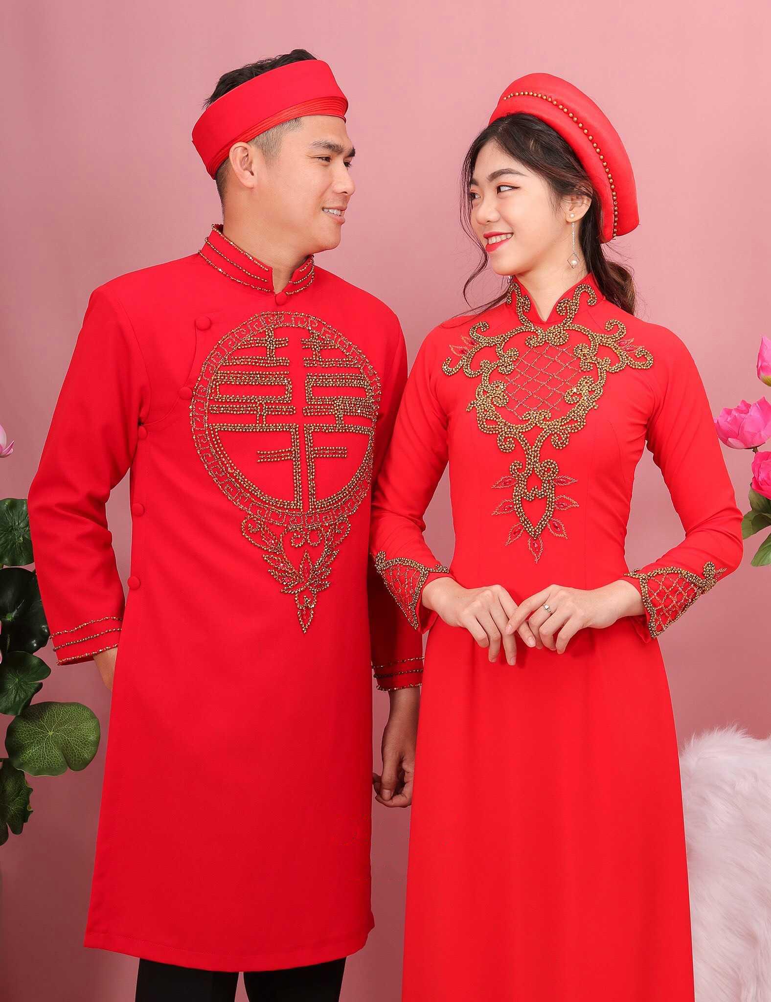 Mẫu áo dài cách tân cho cô dâu chú rể