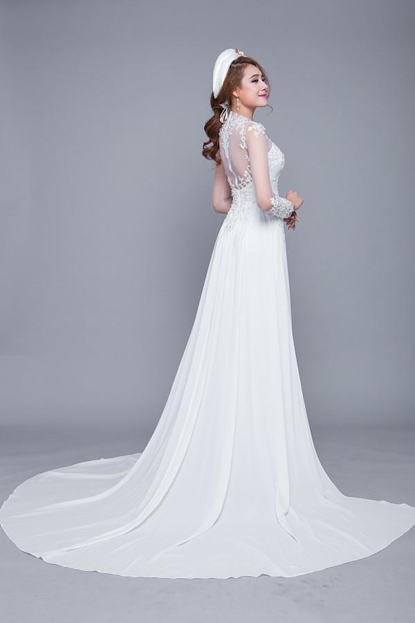 Mẫu áo dài cưới đuôi xòe đẹp