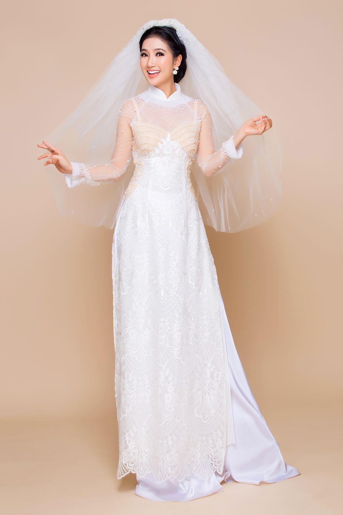 Mẫu áo dài cưới ren nổi màu trắng đẹp