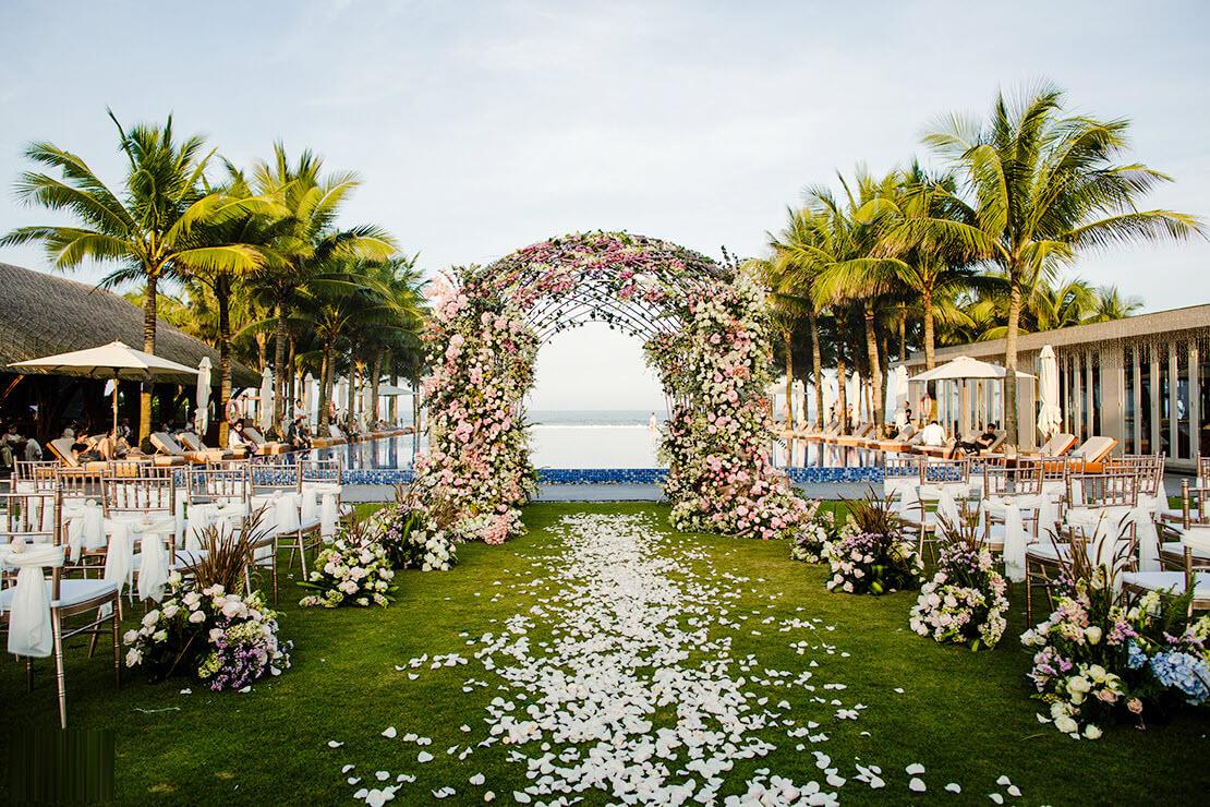Mẫu cổng cưới hoa tươi đẹp nhất