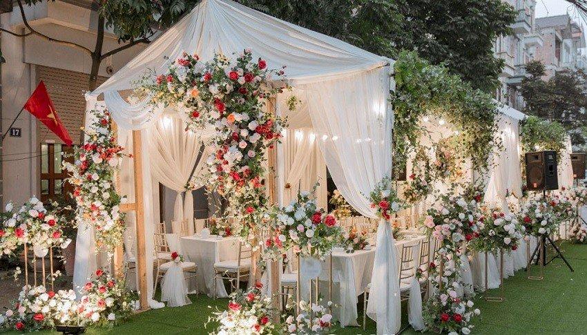 Mâu cổng cưới sang trong đẹp nhất