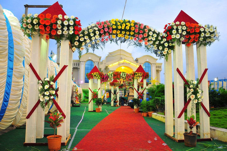 Mẫu cổng cưới vừa đẹp vừa sang