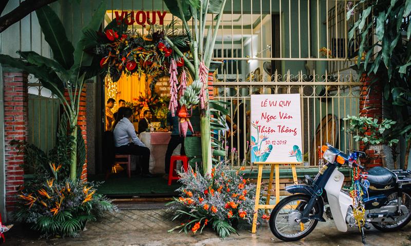 Mẫu cổng hoa cưới phong cách retro