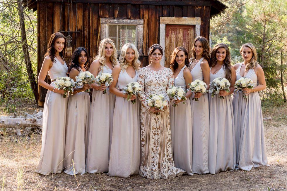 Mẫu váy phù dâu cực đẹp