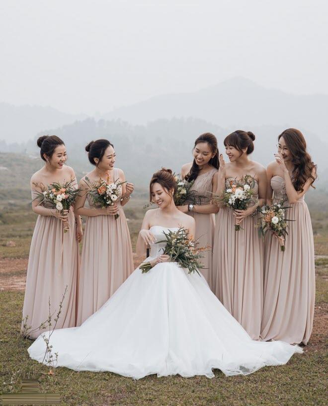 Mẫu váy phù dâu đẹp, sang trọng