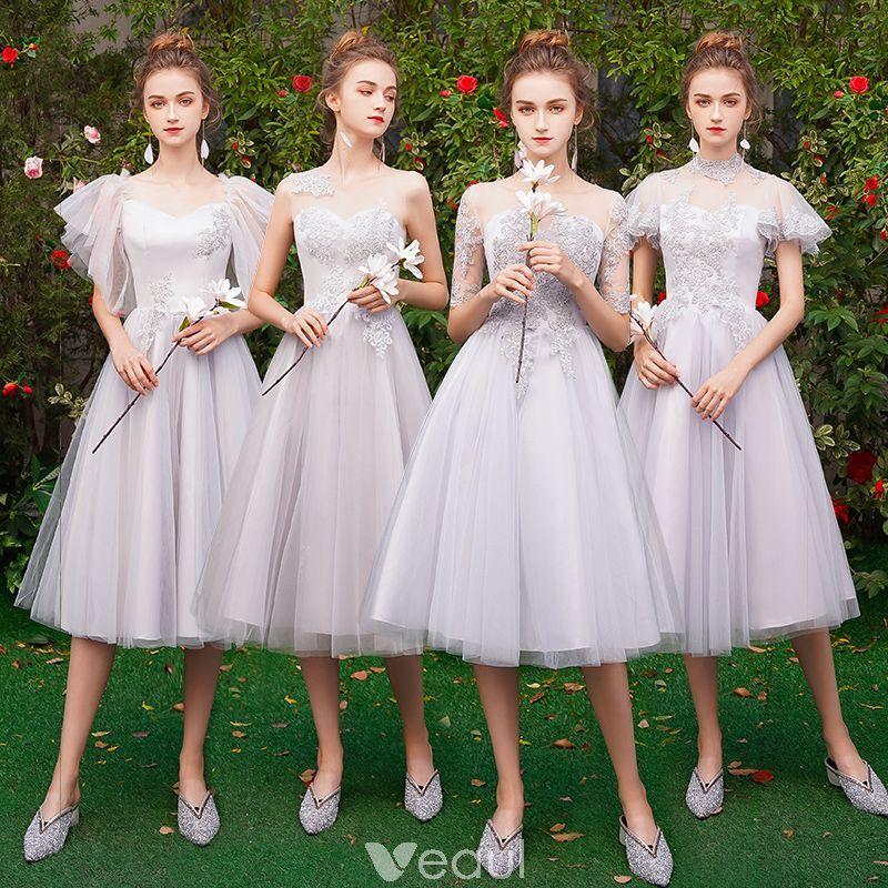 Mẫu váy phù dâu màu trắng đẹp
