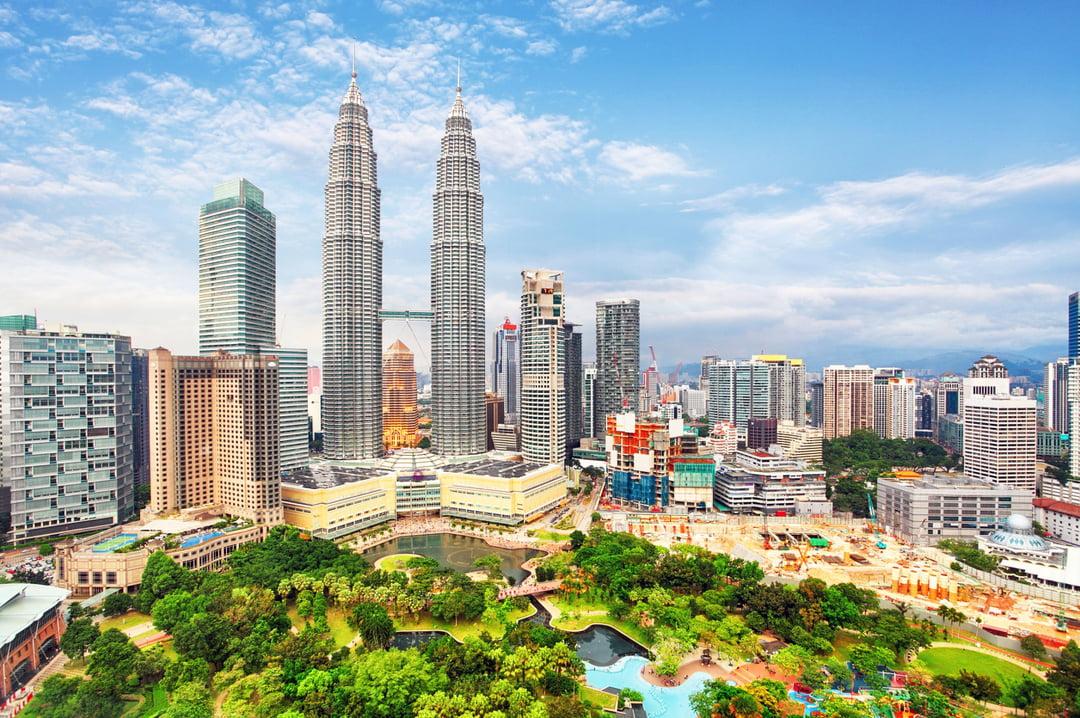 Ảnh tháp đôi Petronas ban ngày đẹp
