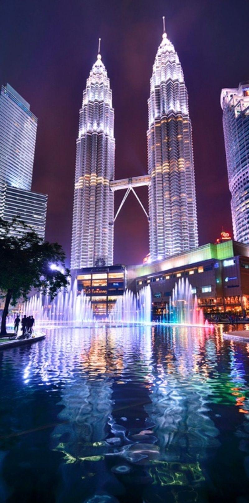 Ảnh tỏa tháp đôi Petronas