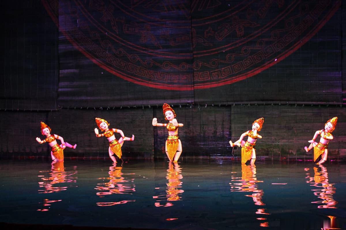 Nghệ thuật múa rối nước dân gian Việt Nam