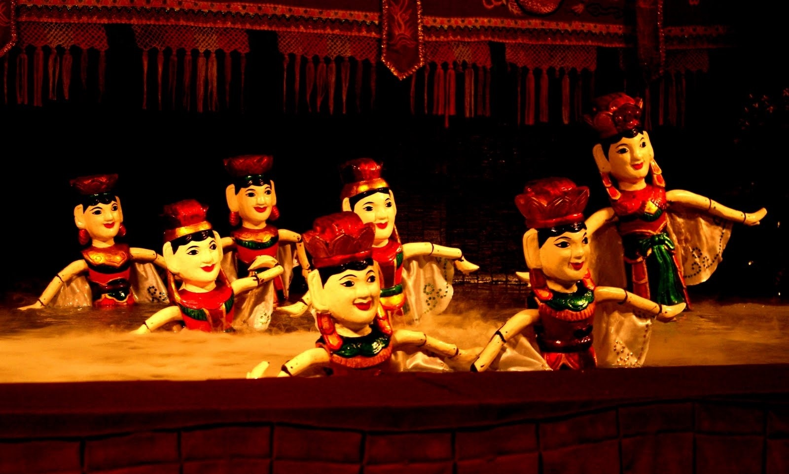 Vietnam water puppet Images