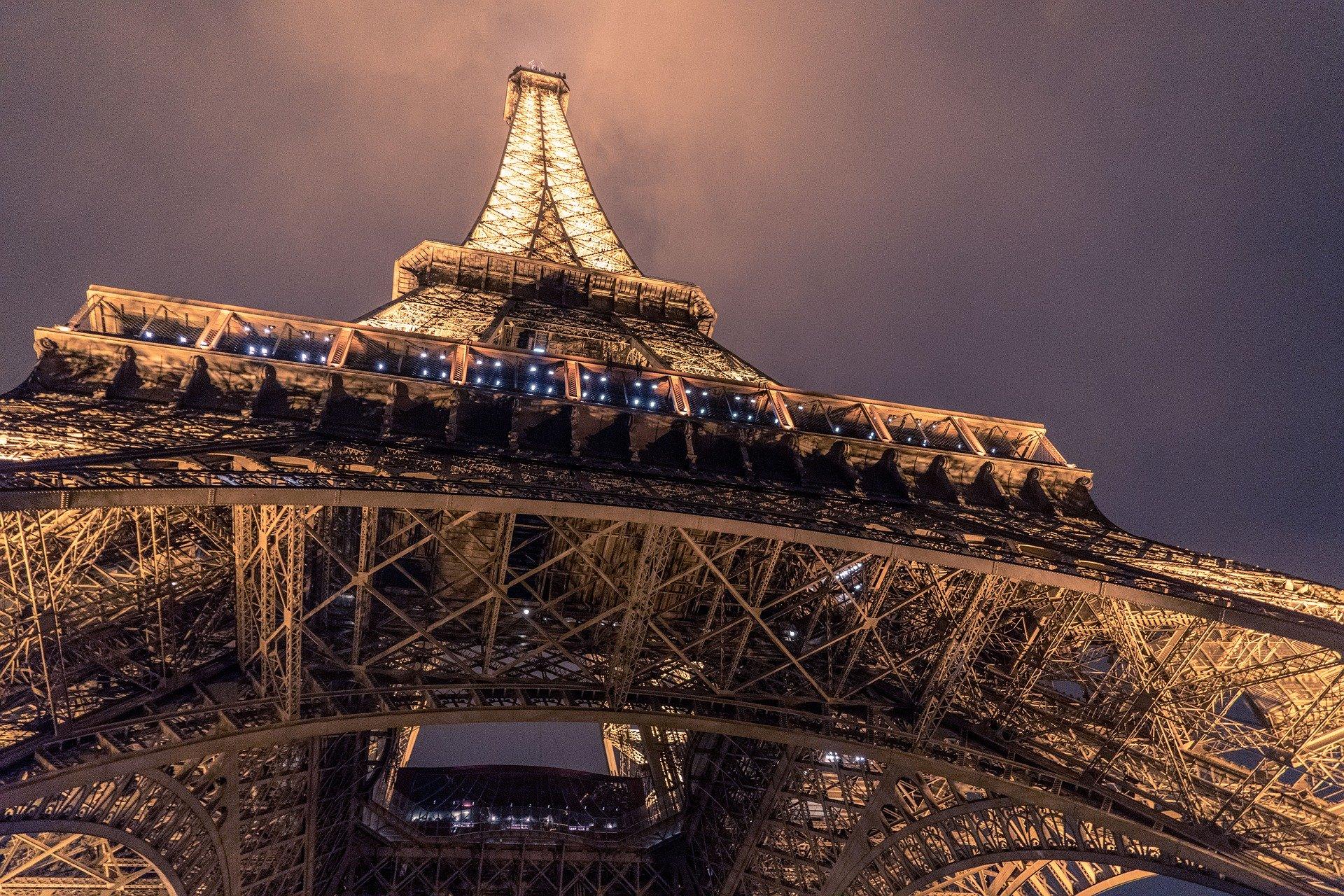 Ảnh kiến trúc tháp Eiffel