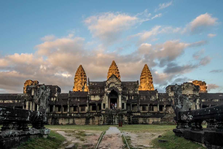 Ảnh ngôi đền Angkor Wat đẹp, cổ kính ở Siem Reap