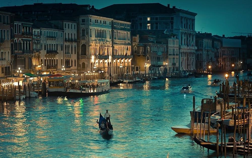 Ảnh thành phố Venice về đêm