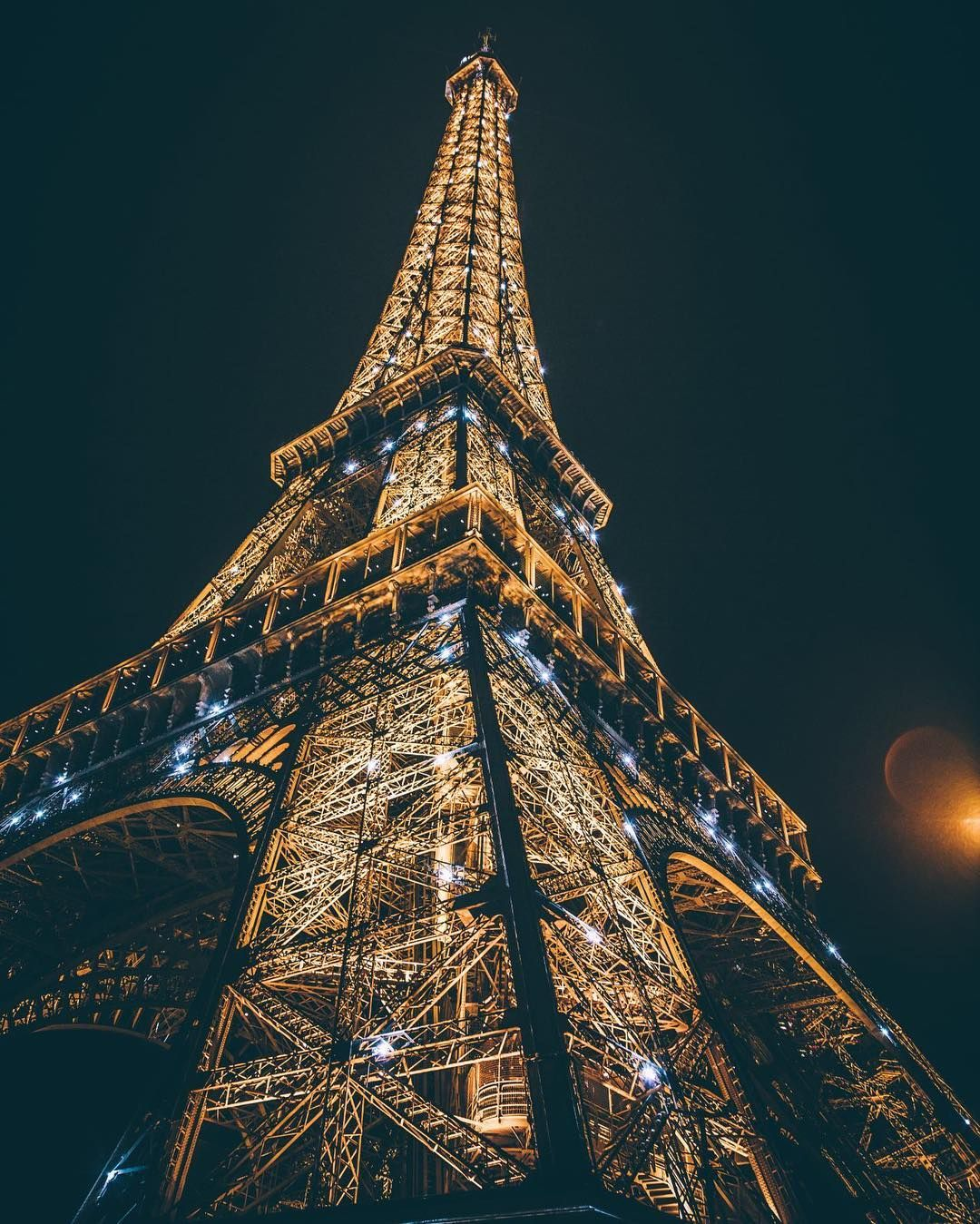Ảnh tháp Eiffel ấn tượng đẹp nhất