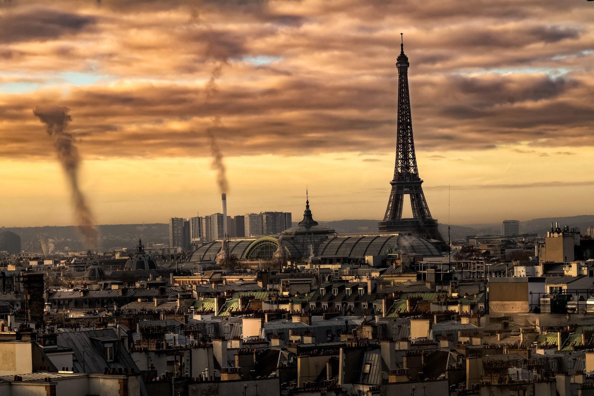 Ảnh tháp Eiffel biểu tượng của nước Pháp