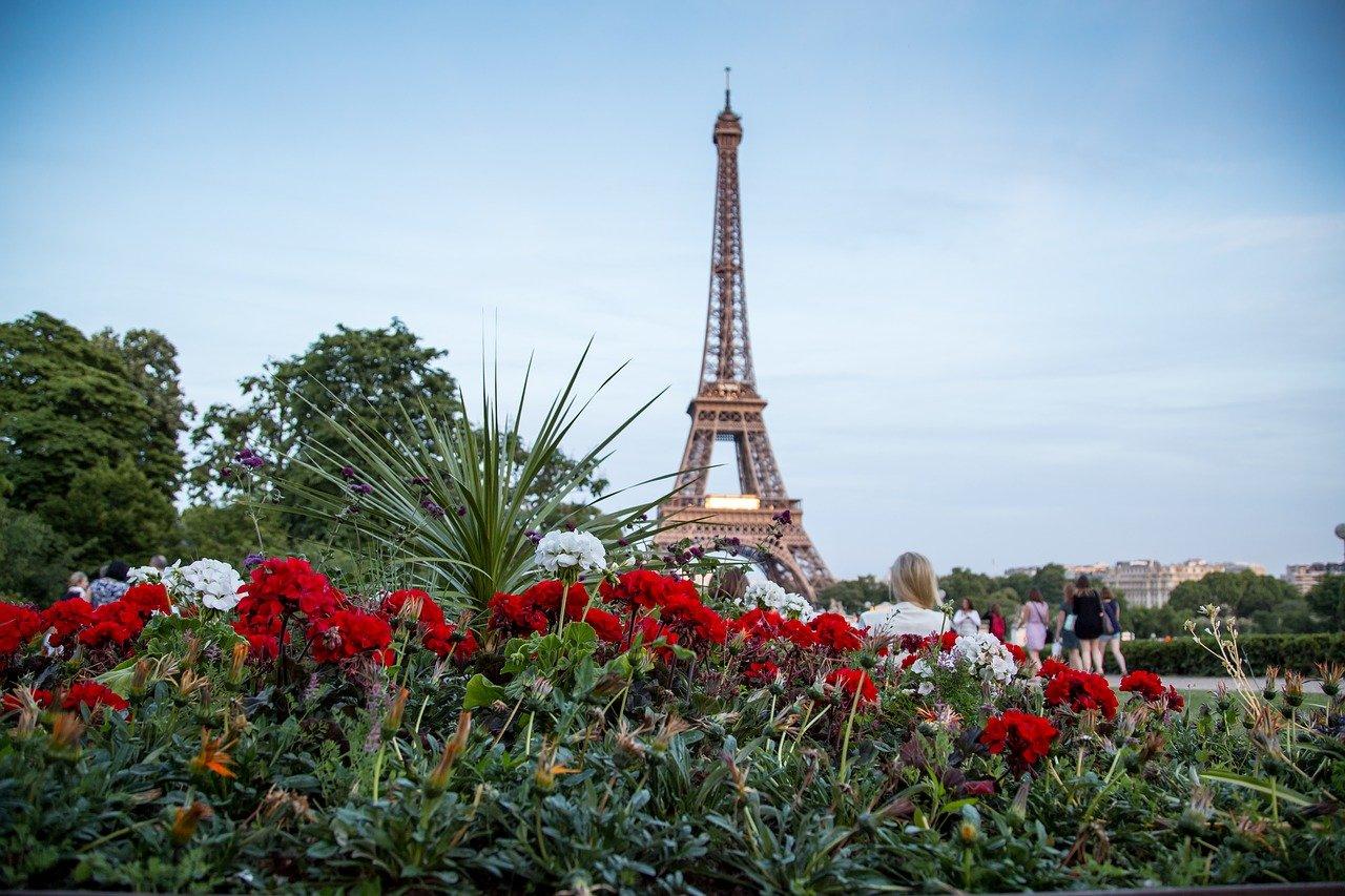 Ảnh tháp Eiffel lộng lẫy nguy nga