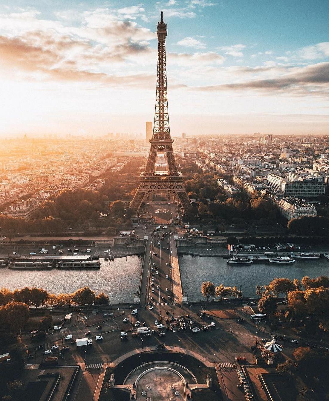 Ảnh tháp Eiffel sớm bình minh