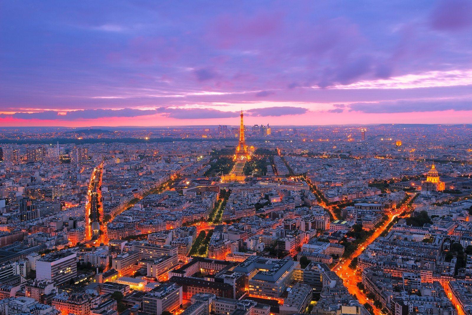 Ảnh toàn cảnh Paris về đêm